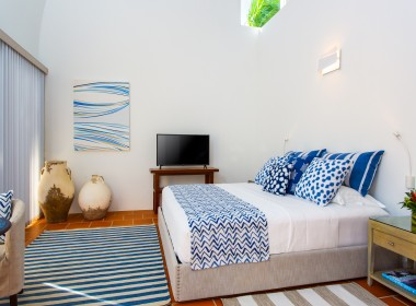 3. First Floor Bed Area (Petit Topaz)