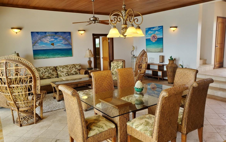Living Room SE Corner